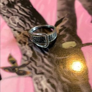 Jewelry - Black and white diamond belt buckle ring